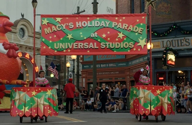 Macy's Holiday Parade at Universal Studios Orlando w Ice Cube and Kevin Hart