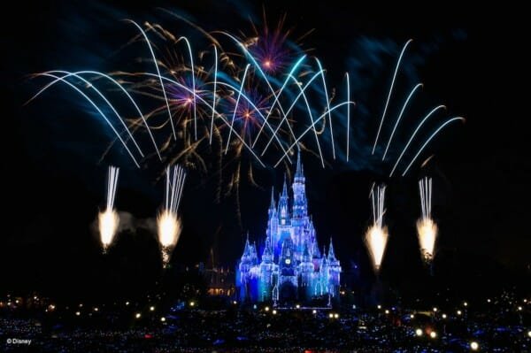 "Disney World Will Live Stream ""Fantasy In The Sky"" New Year's Eve Fireworks"