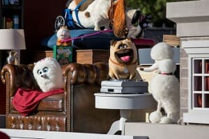 The Secret Life Of Pets Float Debuts At Universal's Superstar Parade